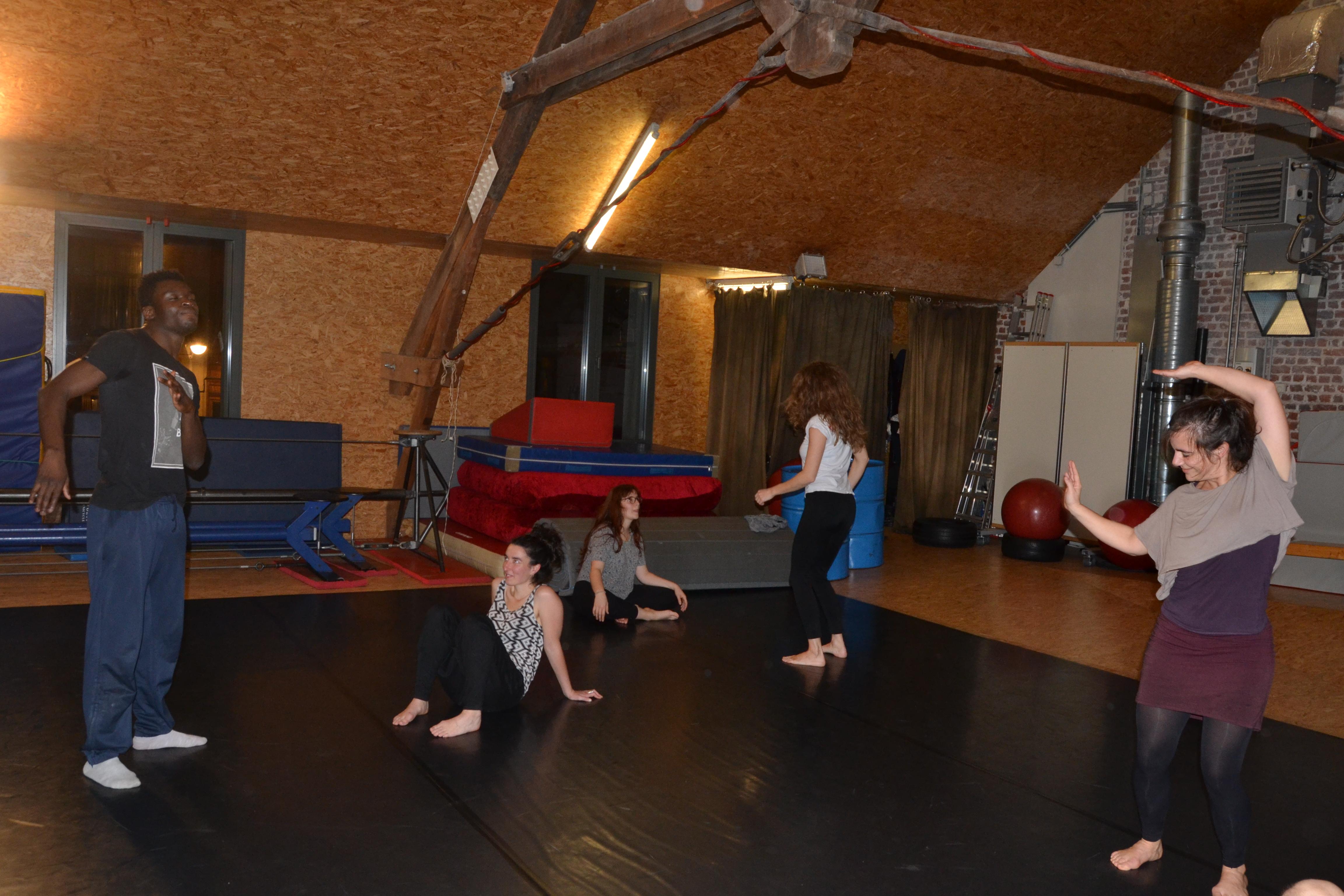 Acro-danse